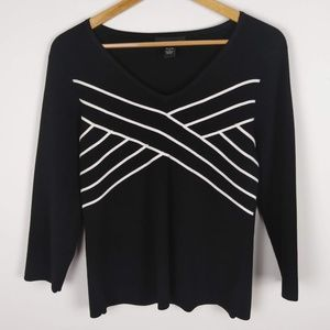 Cable & Gauge 3/4 Sleeve Black W/White Stripes Top